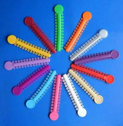 Цветные лигатуры на брекеты