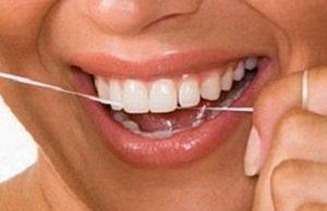 Помогает ли зубная нить? Отзывы о пользе флосса