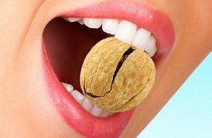 Как сохранить зубы здоровыми? Регулярное питание, еда