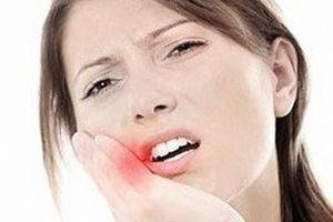 Почему образуется воспаление десны около зуба, как лечить заболевание?