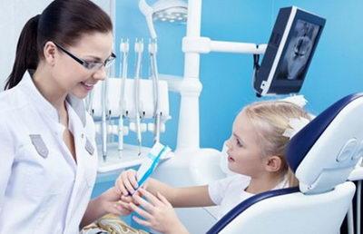 Ребенок у ортодонта