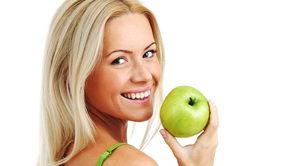 Пятна на зубах: причины появления, методы отбеливания