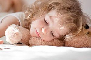 Ребенок скрипит зубами во сне, что делать? Методы лечения, причины бруксизма