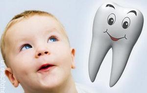 Как заботиться о зубах ребенка? Выбор пасты, домашний и профессиональный уход