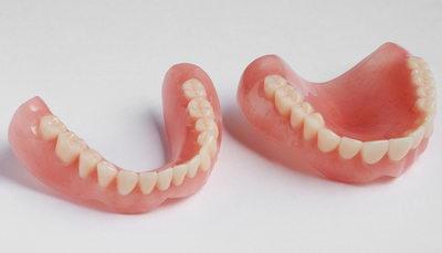 Съемные зубные полиуретановые протезы на присосках
