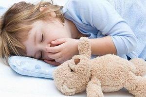 Почему появляется скрежет зубами у ребенка, что делать?