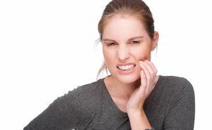 Почему болит зуб после пломбирования? В чем причина?