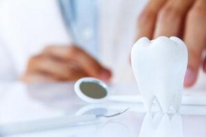 Удалять ли зуб мудрости? Можно ли ему продлить жизнь?