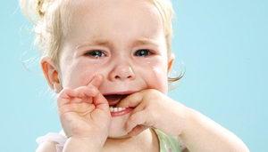 Как лечить детский стоматит, что делать?