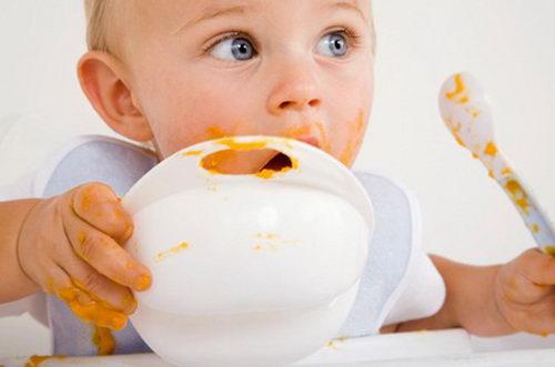 Следует научить ребенка жевать правильно